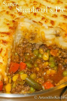 Super Shepherd's Pie is one of my family's most requested recipes. This ultimate comfort food recipe has a rich tasty gravy, ground beef, veggies topped with fluffy mashed potatoes. recipe with ground beef comfort foods Super Shepherd's Pie Side Dish Recipes, Casserole Recipes, Meat Recipes, Dinner Recipes, Cooking Recipes, Healthy Recipes, Skillet Recipes, Potato Casserole, Cooking Food