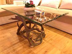 #geweih #geweihdeko #dekogeweih #Hirschgeweihdeko #Hirschgeweih #antler #deer #chalet #jagdhütte #chaleteinrichten #almhütte #geschenkefürjäger #geweihmöbel #designereinrichtung #antler #hunt #hunting # antler table #landhaus couchtisch #landhaus couchtisch glas #landhaus #hirsch #holz #wood #geweih couchtisch #chalet alpin #rustic #rustikal Designer, Furniture, Home Decor, Accessories, Antler Lamp, Hunting, Cottage Chic, Rustic, Ad Home