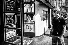 Window-shopping by Antoine BRUNEAU on 500px