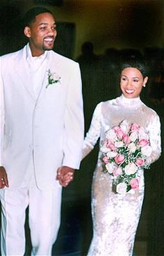 When she wed Will Smith in 1997, Jada Pinkett got seriously choked up -- thanks to a skintight silk-and-crushed-velvet turtleneck number by Badgley Mischka.