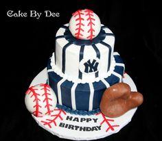 New York Yankee's Birthday Cake - via @Craftsy