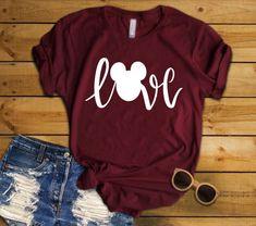 Disney Shirts, Disney Outfits, Disney Fashion, Disney Clothes, Disneyland Outfits, Disneyland Trip, Mom Shirts, Funny Shirts, Vinyl Shirts