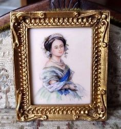 Christopher Whitford - oil painting of Queen Victoria