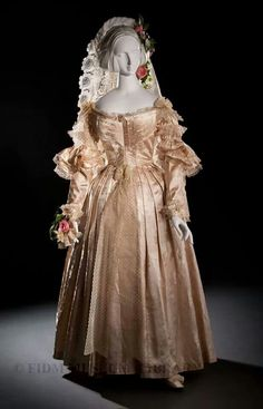 Wedding gown England 1838.