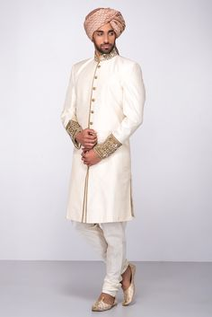 ETOLE FASHIONS Ivory Embroidered Sherwani With Chudidar #flyrobe #groom #groomwear #groomsherwani #sherwani #flyrobe #wedding #designersherwani Sherwani Groom, Mens Sherwani, Indian Man, Indian Groom, Groom Wear, Groom Outfit, Bridal Wedding Dresses, Wedding Men, Party Wedding