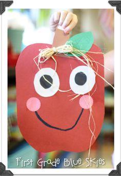 Adorable apple craft for SEPT Calendar. Preschool Apple Theme, Apple Activities, Fall Preschool, Autumn Activities, Preschool Activities, Preschool Centers, September Preschool, September Crafts, September Activities