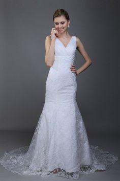 Alluring Trumpet/Mermaid White Lace Court Train Straps Wedding Dress -