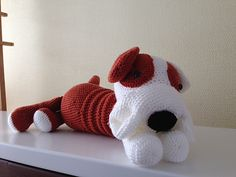 This bulldog will be about 28cm (sitting down)