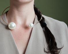 yann pearl collar / minimalist necklace / by persephonevintage