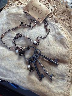 Keys Please! Jewelry! Gypsy, Boho, Gypsy Style, Gypsy Fashion, Two Twisted Gypsies, bohemian, woman's fashion, cool stuff, keys, bracelets, rings' necklaces, finds, vintage,