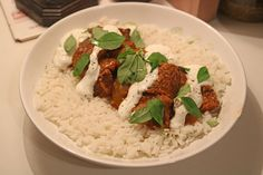 [homemade] Syrian Lamb & Aubergine Stew with Lebneh http://ift.tt/2jjTuDK