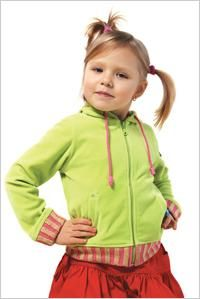 ADHD kids may forget the sequence of putting on clothing, lack the attention span or motor skills to fasten buttons, or are sensitive to certain fabrics. Use these tips to help your attention deficit kid her clothes on.