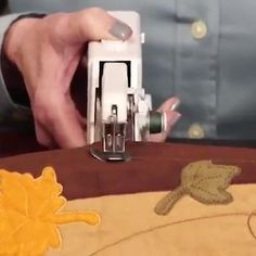 Tech Discover This Handheld Sewing Machine Is Perfect For Traveling Mend A Torn Pocket Or Shorten Trousers In Minutes Electric Scissors Sewing Scissors Diy Artwork Cool Inventions Diy Arts And Crafts Diy Crafts Cool Gadgets Cool Things To Buy Good Things Sewing Hacks, Sewing Crafts, Sewing Projects, Diy And Crafts, Arts And Crafts, Sewing Scissors, Diy Artwork, Cool Inventions, Clothing Hacks