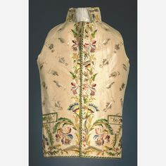Waistcoat, France, Ivory silk taffeta, polychrome embroidery of silk floss and chenille with a design of over-all small floral sprigs and a border of iris and other flowers down center front. Baroque, Men's Waistcoat, 18th Century Costume, 18th Century Fashion, Silk Taffeta, Three Piece Suit, Ivory Silk, Historical Clothing, Clothing Patterns
