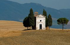 The Chapel of Our Lady of Vitaleta is a small sacred building is located on a hilltop on the road that connects San Quirico d'Orcia to Pienza.