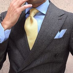 I have never agreed with cream colored anything. This tie, however, I would wear.