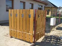 Kapcsolódó kép Garden Gates, Cottage Homes, Home Improvement, Shed, Outdoor Structures, Ideas, Timber Wood, Yard Gates, Thoughts