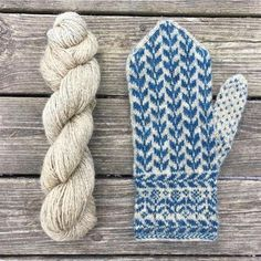 Knitting Patterns Mittens 'Flora' stick description with postage Mittens Pattern, Knit Mittens, Knitted Gloves, Knitting Socks, Hand Knitting, Knitting Patterns, Norwegian Knitting, Wrist Warmers, Hand Warmers