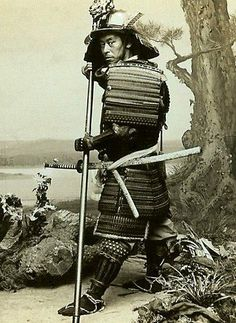 While they numbered less than of Japan's population samurai teachings can still be found today in both everyday life and in modern Japanese… Katana Samurai, Ronin Samurai, Real Samurai, Samurai Helmet, Samurai Swords, Kendo, Japanese Culture, Japanese Art, Karate
