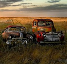 Pontiac and Ford Pickup - looks like a scene from Pixar's CARS movies