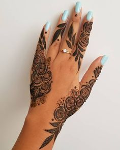 Cute Henna Designs, Henna Designs Feet, Modern Mehndi Designs, Mehndi Design Pictures, Beautiful Henna Designs, Latest Mehndi Designs, Mehndi Images, Beautiful Tattoos, Hand Henna