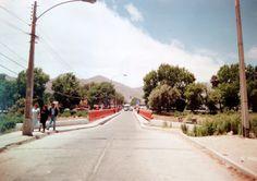 """Puente """"Viejo""""  o """"La Paz"""", calle Chacabuco hacia el cementerio municipal, año 1990."""