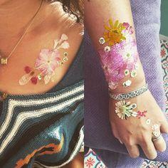 デモンストレーション♪押し花タトゥー! ブライダルやベリーアートにもオススメ♡ #ボディアート #押し花タトゥー #押し花 #Pressed flower #Dried flower #bodyart