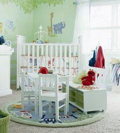 Jungle room for toddler boy