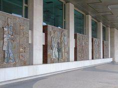 Querubim Lapa | Lisboa | Palácio da Justiça / Lisbon Courthouse | 1970 #Azulejo #AzulejoDoMês #AzulejoOfTheMonth #QuerubimLapa
