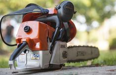 When your chainsaw get dirty, you need to clean it. This post will help you find out the best way to clean a chainsaw, step by step. Portable Chainsaw Mill, Craftsman Riding Lawn Mower, Saw Sharpening, Chainsaw Repair, Chainsaw Sharpener, Custom Bbq Pits, Lawn Mower Repair, Yard Tools, Chainsaw Chains