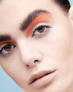 crazy eyebrows, how to color eyebrows, runway makeup, catwalk m Makeup Inspo, Makeup Inspiration, Makeup Tips, Hair Makeup, Makeup Ideas, Eye Makeup, Crazy Eyebrows, How To Color Eyebrows, Catwalk Makeup