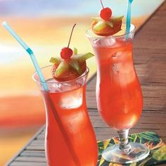 Passion Fruit Hurricanes Recipe. That infamous Hurricane beverage that's so popular in New Orleans. ☀CQ #summer #drinks #beverages