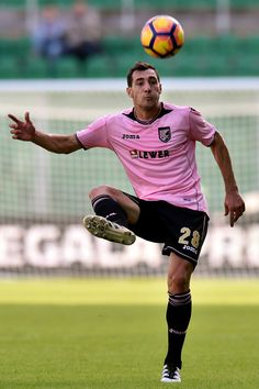 Mato Jajalo of Palermo in action during the Serie A match betweenUS Citta di Palermo and SS Lazio at Stadio Renzo Barbera on November 27, 2016 in Palermo, Italy.