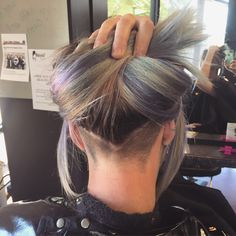 megandear: And the process begins! I am loving the undercut that Mackenzie gave me! Now it's on to cut and color.