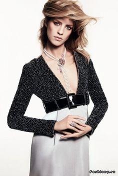 Chanel Haute Couture весна-лето 2017 -- яркая женственность и роскошь