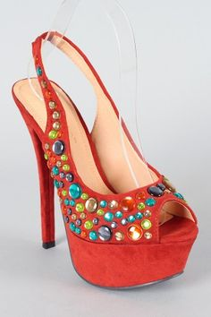sweet shoes reminds me of foxy cleopatra