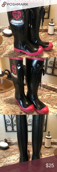 ☔️💦Coach Poppy Rainboots 🦋🌂☔️💦 Adorable! Bought from another Posher but they just sit in my closet. Authentic Coach Shoes Winter & Rain Boots