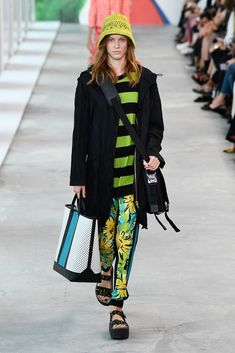 Michael Kors Collection Spring 2019 Ready-to-Wear Collection Michael Kors  Fashion e387e691fcb