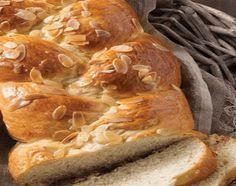Νηστίσιμα Τσουρέκια Cheesesteak, Sweets, Bread, Ethnic Recipes, Food, Easter, Brioche, Gummi Candy, Candy