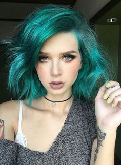 If you think you can not try different hair colors of this style because your hair is short, you are so wrong! Short haircuts easy to shap, wash and. Pretty Hairstyles, Wig Hairstyles, Wedding Hairstyles, Hairstyle Ideas, Purple Hair, Short Teal Hair, Blue Green Hair, Colored Short Hair, Short Grunge Hair