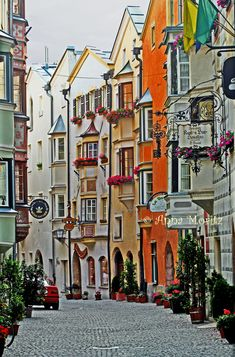 Hall in Tirol – streets and lanes of the old town. It is a picturesque small city near Innsbruck. Innsbruck, Tirol Austria, Vienna Austria, Hall In Tirol, Medieval Town, Beautiful Places In The World, Alps, Old Town, Wonders Of The World