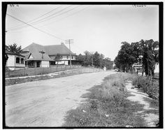The Drive to Reed's Lake - c. 1905
