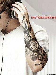 Cuando la tecnología se vive a flor de piel #Tecnología #Tatoo