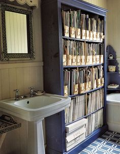 Blue bookcase - not sure why it's in a bathroom, but rad. Ideal Home Magazine, Blue Shelves, Hutch Cabinet, Magazine Storage, Interiors Magazine, Apartment Chic, My Ideal Home, Rustic Bathroom Decor, Bookshelves