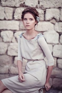 love this Greek style dress, modest AND beautiful. I just wish I could figure out how to do my hair like this Modest Clothing, Modest Dresses, Modest Outfits, Modest Fashion, Pretty Dresses, Beautiful Dresses, Fashion Dresses, Cute Outfits, Gorgeous Dress