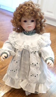 The Ashton Drake Galleries Beautiful Dreamers Katrina 1991 Porcelain Doll