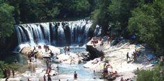 La cascade de la Meuse, sur la commune de Saint-Laurent-du-Minier, dans les Cévennes