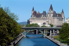 Visit Chateau Laurier in Ottawa with Maple Leaf Tours