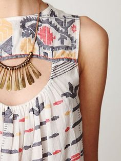 free people - great necklace and shirt combo. Want them both!