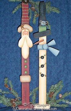 Santa & Snowman Paint Sticks Pattern by Cyndi Combs. Diy Christmas Lights, Christmas Wood Crafts, Christmas Art, Christmas Projects, Winter Christmas, Holiday Crafts, Christmas Decorations, Christmas Ornaments, Holiday Ideas